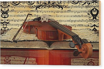 Violin  Wood Print by Louis Ferreira