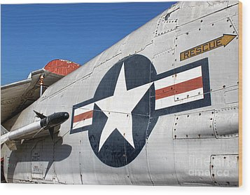 Vought Crusader 8-u1 Wood Print by Gregory Dyer