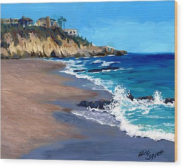 1000 Steps Beach In Laguna Beach California Wood Print by Alice Leggett
