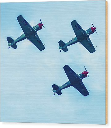Action In The Sky During An Airshow Wood Print by Alex Grichenko