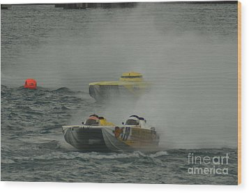 Port Huron Sarnia International Offshore Powerboat Race Wood Print by Randy J Heath