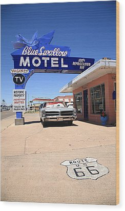 Route 66 - Blue Swallow Motel Wood Print by Frank Romeo