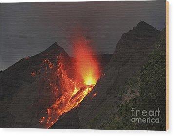 Strombolian Type Eruption Of Batu Tara Wood Print by Richard Roscoe