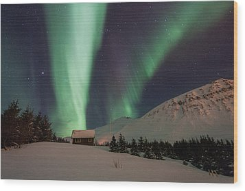 Wood Print featuring the photograph Aurora Borealis by Frodi Brinks
