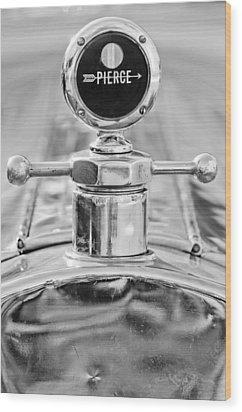 1920 Pierce-arrow Model 48 Coupe Hood Ornament - Motometer Wood Print by Jill Reger