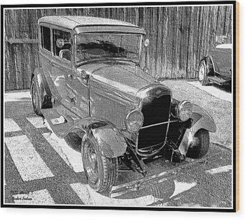 1927 Model T Ford Sedan Wood Print by Glenn McCarthy Art and Photography