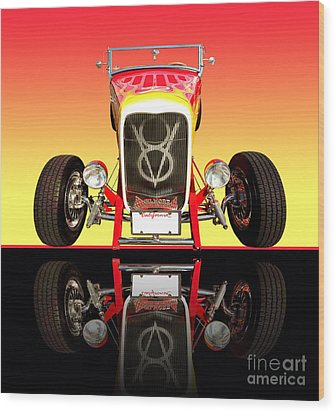 1932 Front Ford V8 Hotrod Wood Print by Jim Carrell