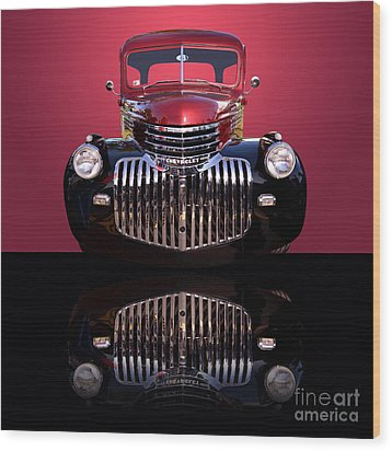 1946 Chevy Panel Truck Wood Print by Jim Carrell