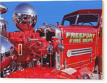 1949 Ahrens Fox Piston Pumper Fire Truck Wood Print