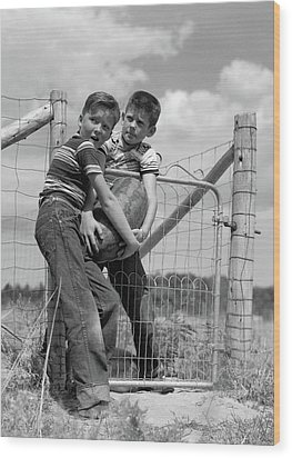 1950s Two Farm Boys In Striped T-shirts Wood Print