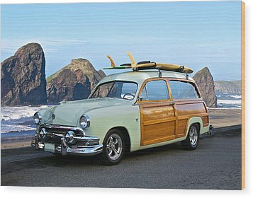 1951 Ford 'woody' Wagon Wood Print by Dave Koontz