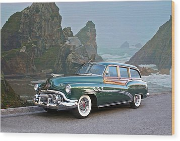 1952 Buick 'woody' Estate Wagon Wood Print by Dave Koontz