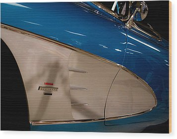 1961 Chevrolet Corvette V Wood Print by David Patterson