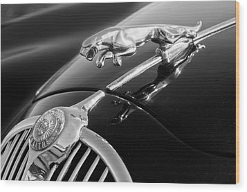 1964 Jaguar Mk2 Saloon Hood Ornament And Emblem Wood Print by Jill Reger