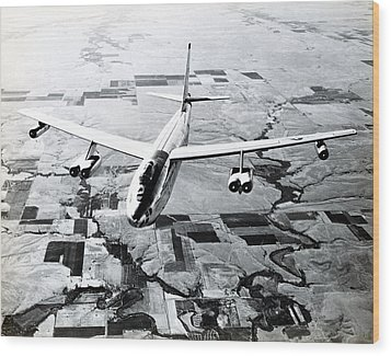 1965 Air Force B-47 In Flight Wood Print