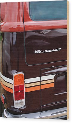 1978 Volkswagen Vw Champagne Edition Bus Taillight Emblem Wood Print by Jill Reger