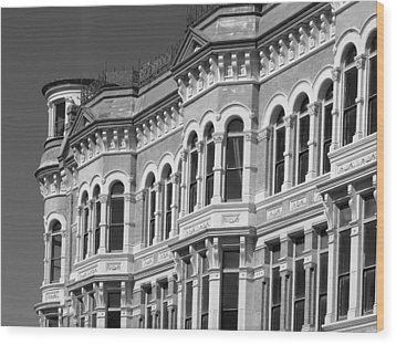 19th Century Architecture Bw Wood Print by Connie Fox