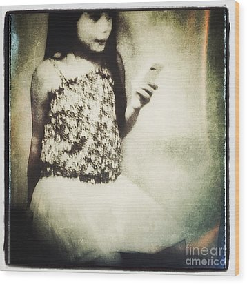 A Girl With Iphone Wood Print by Elena Nosyreva