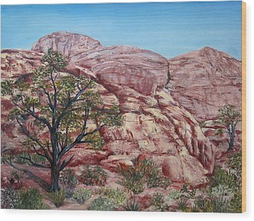 Among The Red Rocks Wood Print by Roseann Gilmore