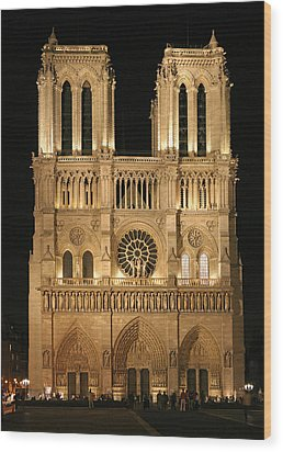 Cathedral Of Notre Dam Wood Print by Gary Lobdell