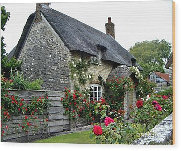 English Cottage  Wood Print