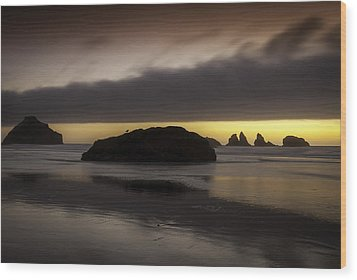 Face Rock Bandon By The Sea Wood Print