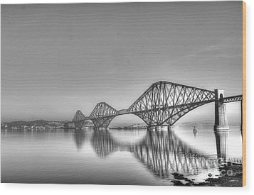 Forth Rail Bridge  Wood Print by David Grant