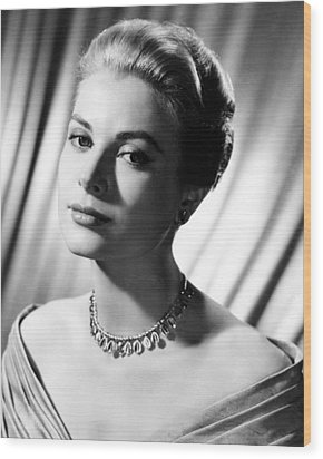 Grace Kelly Wood Print by Silver Screen