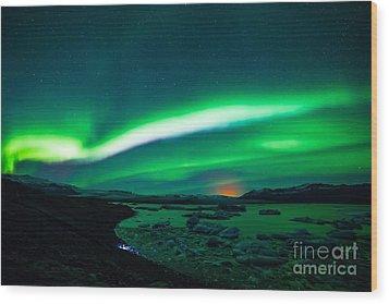 Iceland Wood Print by Mariusz Czajkowski