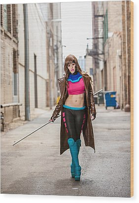 Lady Gambit  Wood Print by Andreas Schneider