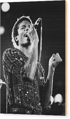 Michael Jackson 1981 Wood Print by Chris Walter