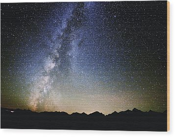 Milky Way At The Tetons Wood Print by Jean Hutchison