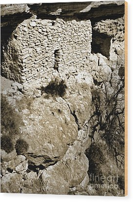 Montezumas Well Wood Print by Gregory Dyer