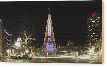 Monument Circle At Christmas Wood Print by Twenty Two North Photography