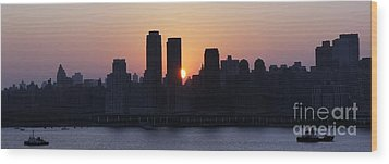 Wood Print featuring the photograph Morning On The Hudson by Lilliana Mendez