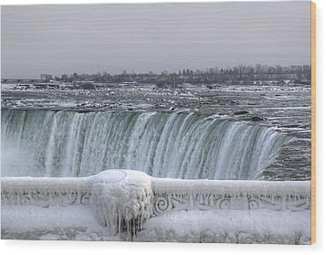 Niagara Falls In The Winter Wood Print