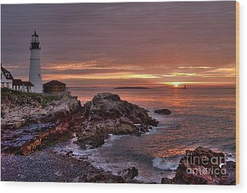 Portland Head Lighthouse Sunrise Wood Print by Alana Ranney