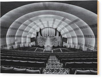 Radio City Music Hall Theatre Wood Print by Susan Candelario