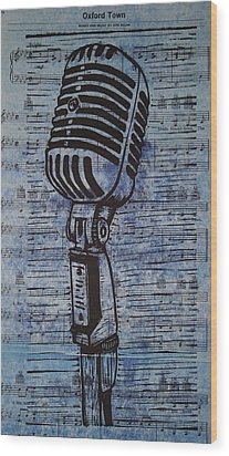 Shure 55s On Music Wood Print by William Cauthern