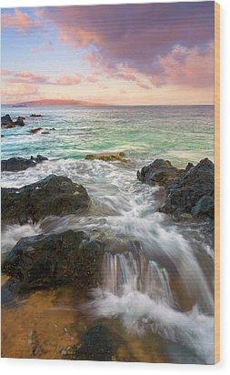 Sunrise Surge Wood Print by Mike  Dawson