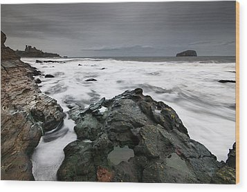 Tantallon Castle Wood Print by Keith Thorburn LRPS