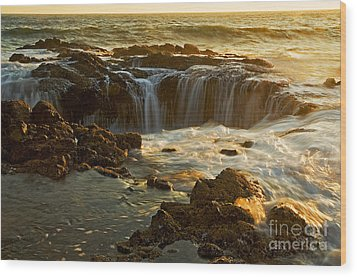 Thor's Well Wood Print by Nick  Boren