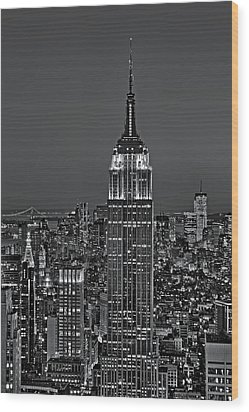 Top Of The Rock Bw Wood Print by Susan Candelario