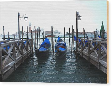 Wood Print featuring the photograph Venice Italy by Jean Walker