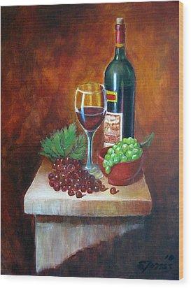 Vino Tinto Wood Print by Edgar Torres