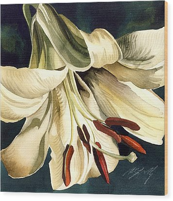 White Lily Wood Print by Alfred Ng
