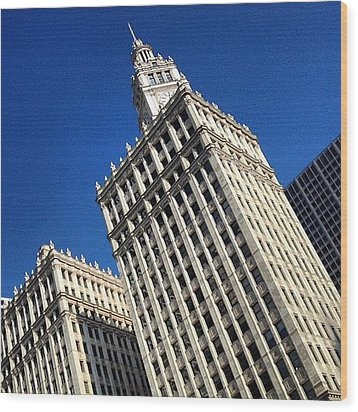 Wrigley Building- Chicago Wood Print