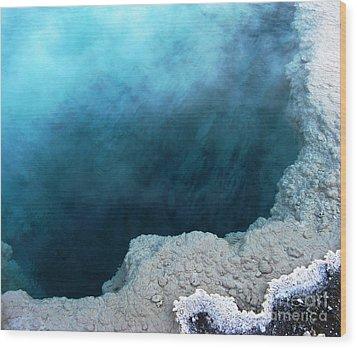 Yellowstone Blue Wood Print by Patricia Januszkiewicz