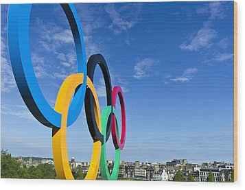 2012 Olympic Rings Over Edinburgh Wood Print by Ross G Strachan
