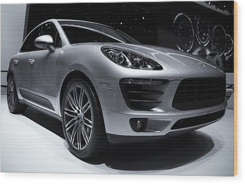 2014 Porsche Macan Wood Print by Rachel Cohen